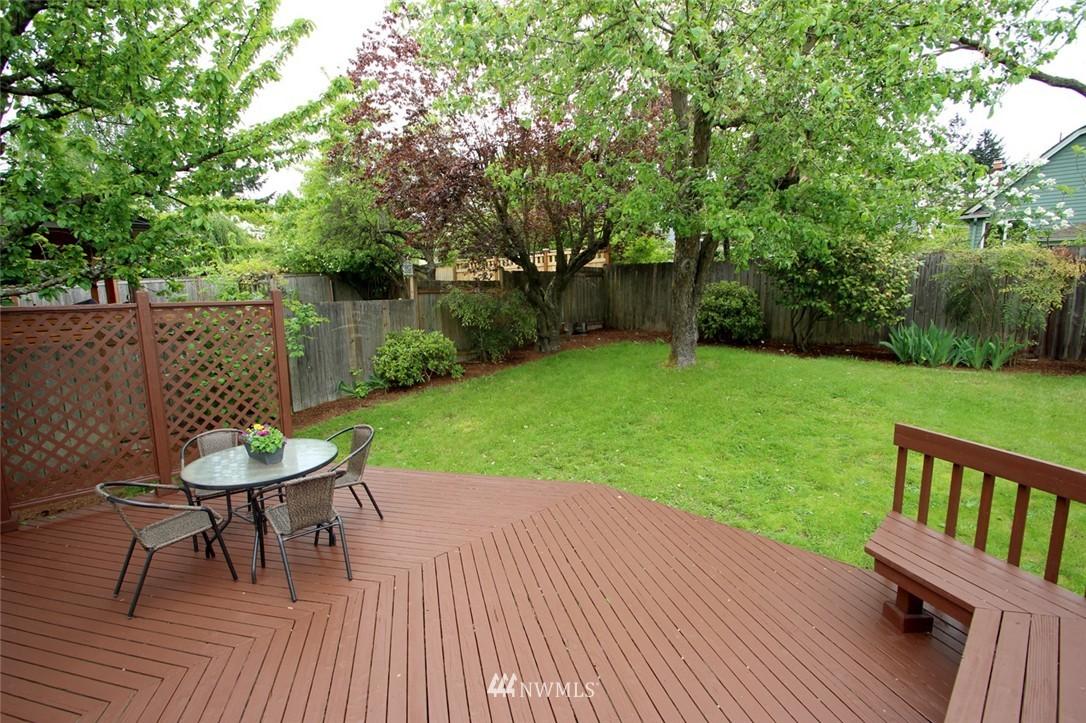 Sold Property | 6230 25th Avenue NE Seattle, WA 98115 18
