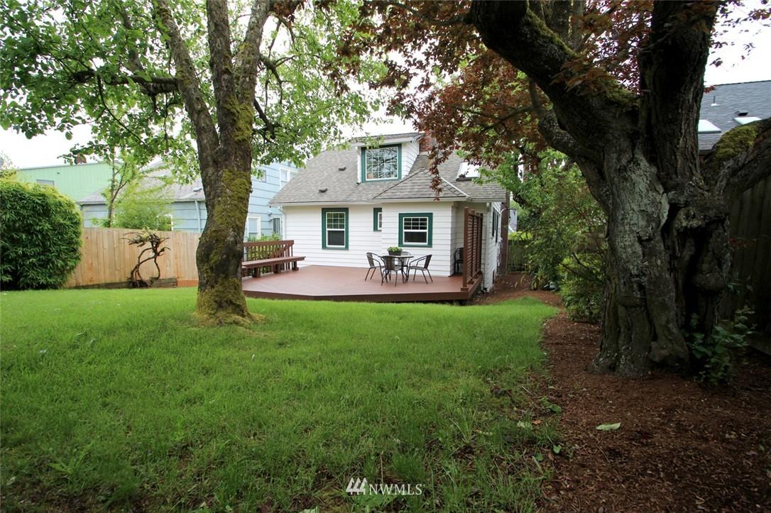 Sold Property | 6230 25th Avenue NE Seattle, WA 98115 19