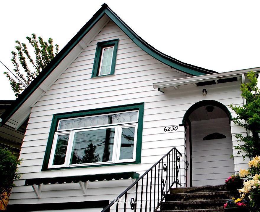 Sold Property | 6230 25th Avenue NE Seattle, WA 98115 1