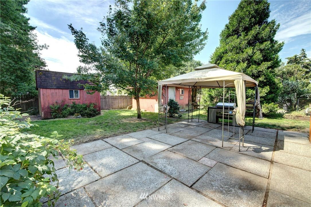 Sold Property   821 NE 152nd Street Shoreline, WA 98155 4