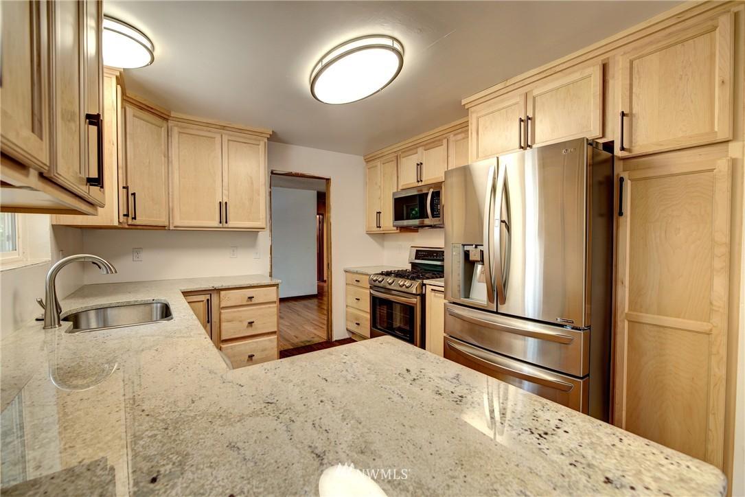 Sold Property   821 NE 152nd Street Shoreline, WA 98155 9