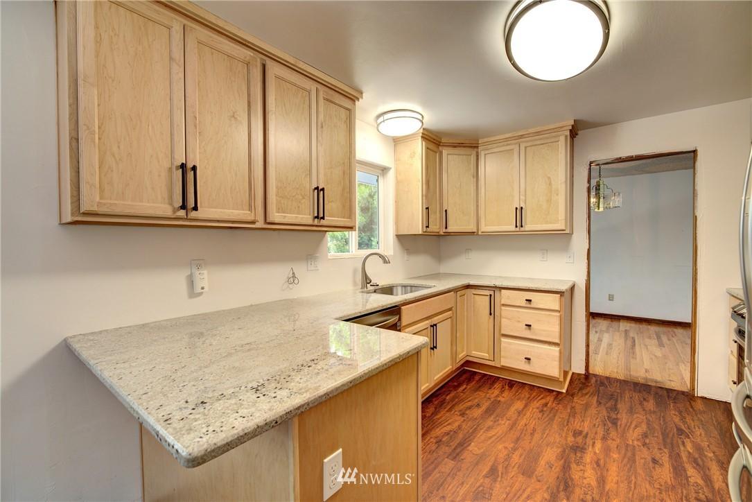 Sold Property   821 NE 152nd Street Shoreline, WA 98155 10