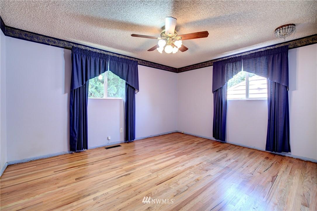Sold Property   821 NE 152nd Street Shoreline, WA 98155 11