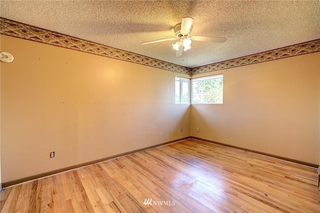 Sold Property   821 NE 152nd Street Shoreline, WA 98155 12