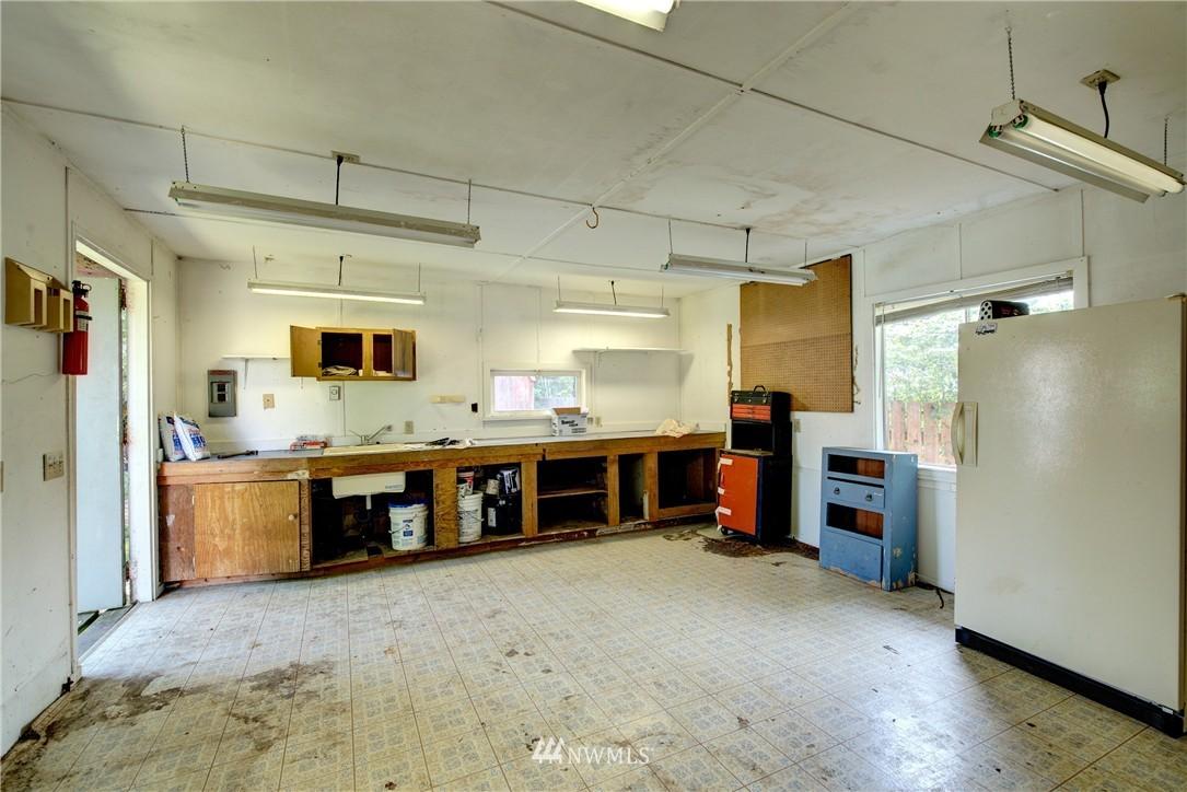 Sold Property   821 NE 152nd Street Shoreline, WA 98155 19