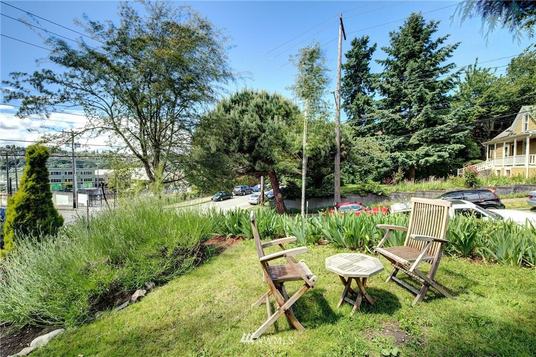 Sold Property | 1311 W Newton Street Seattle, WA 98119 13