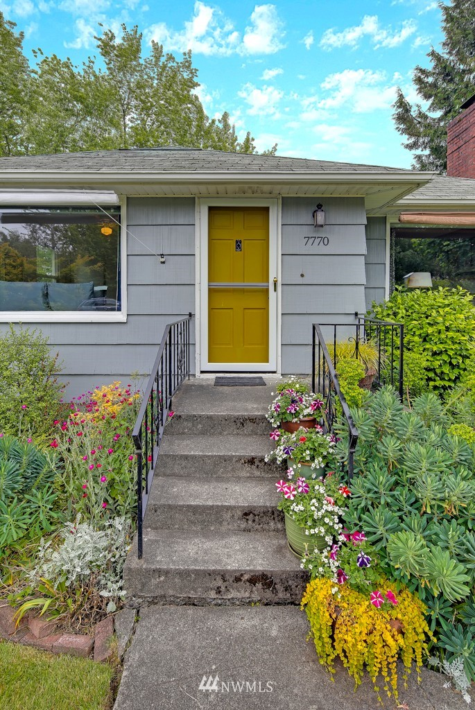 Sold Property   7770 13th Avenue SW Seattle, WA 98106 1