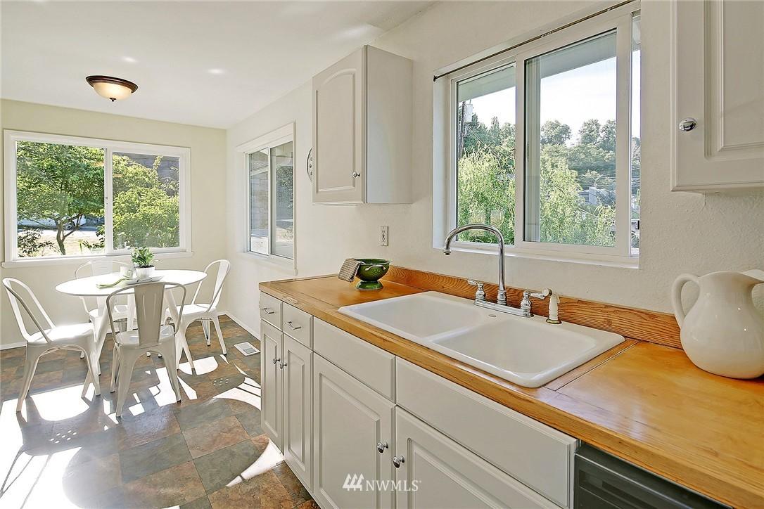 Sold Property | 5456 31st Avenue SW Seattle, WA 98126 4