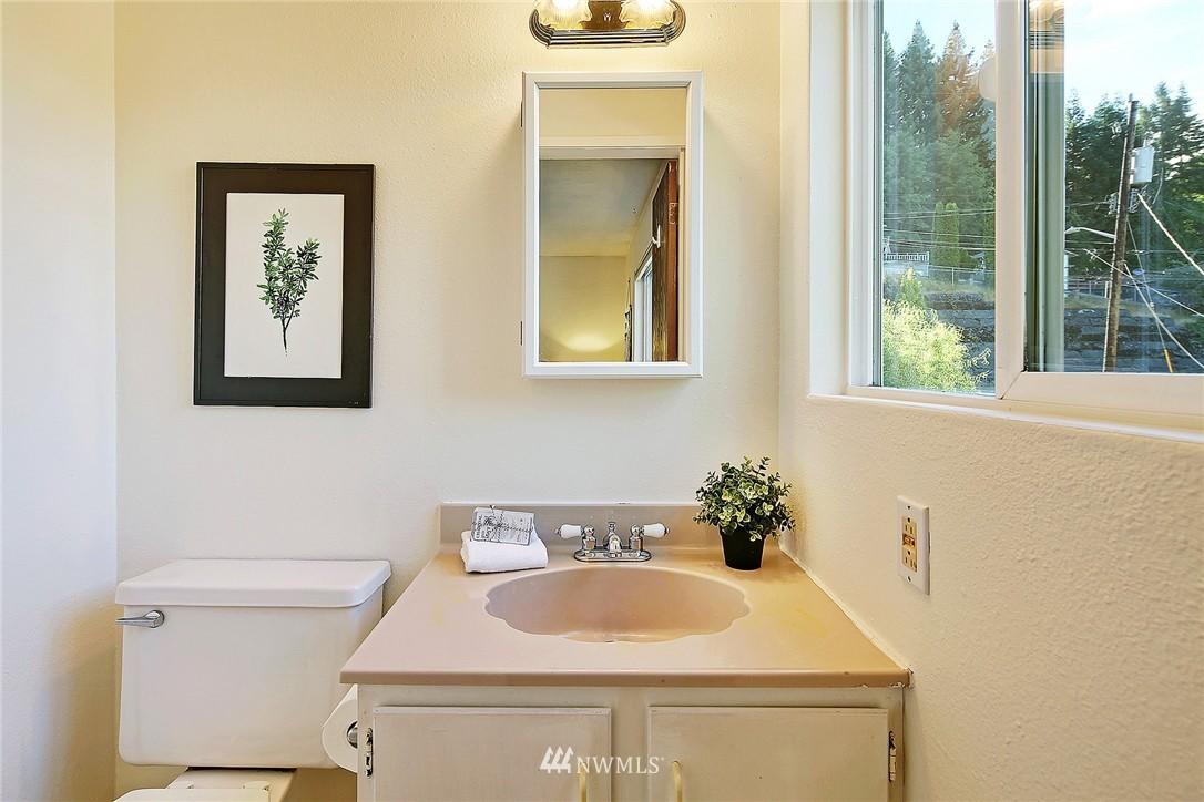 Sold Property | 5456 31st Avenue SW Seattle, WA 98126 7
