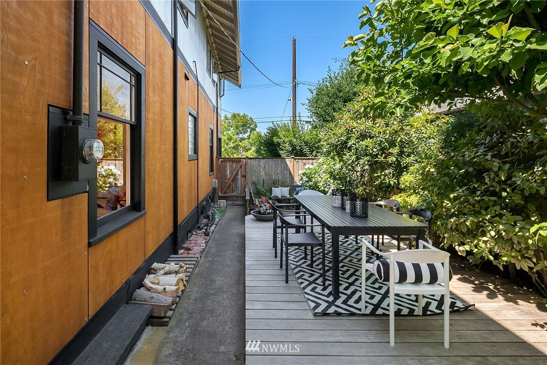 Sold Property   5820 6th Avenue NW Seattle, WA 98107 23