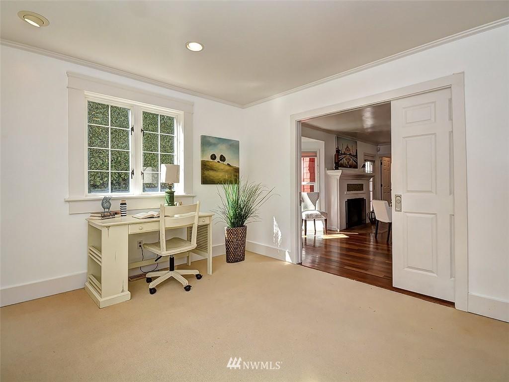 Sold Property | 422 W Raye Street Seattle, WA 98119 12