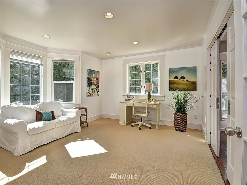 Sold Property | 422 W Raye Street Seattle, WA 98119 13