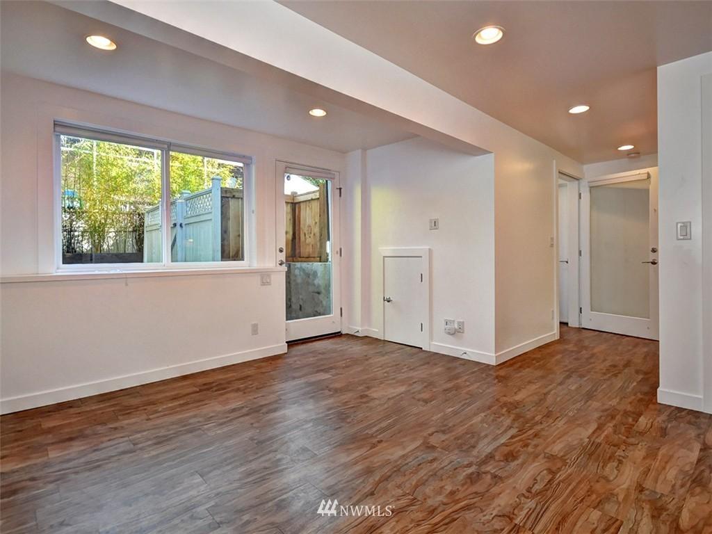 Sold Property | 422 W Raye Street Seattle, WA 98119 22