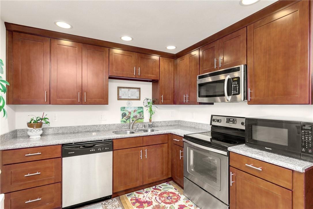 Sold Property | 11517 31st Avenue SE Everett, WA 98208 10