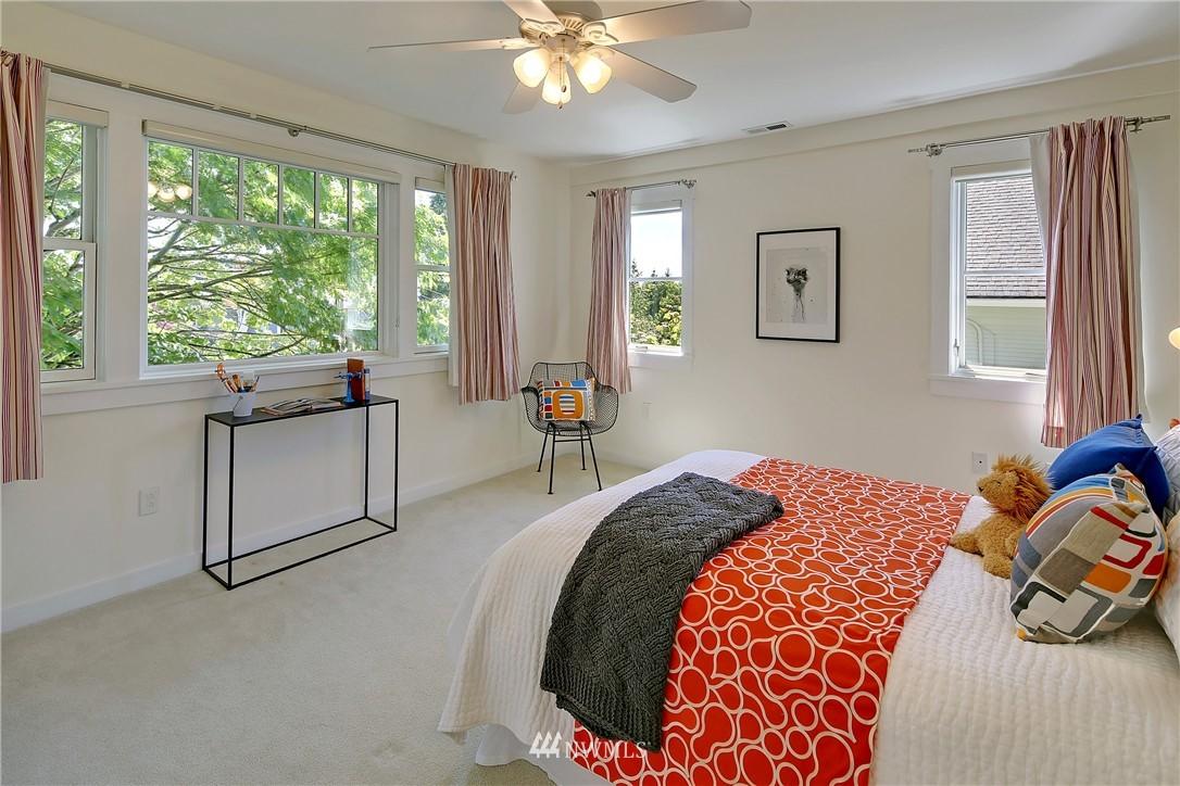 Sold Property   7427 Orin Court N Seattle, WA 98103 11