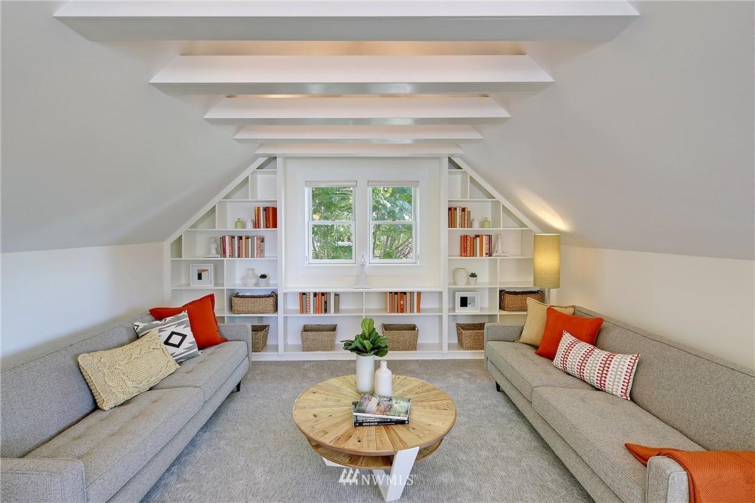 Sold Property   7427 Orin Court N Seattle, WA 98103 14