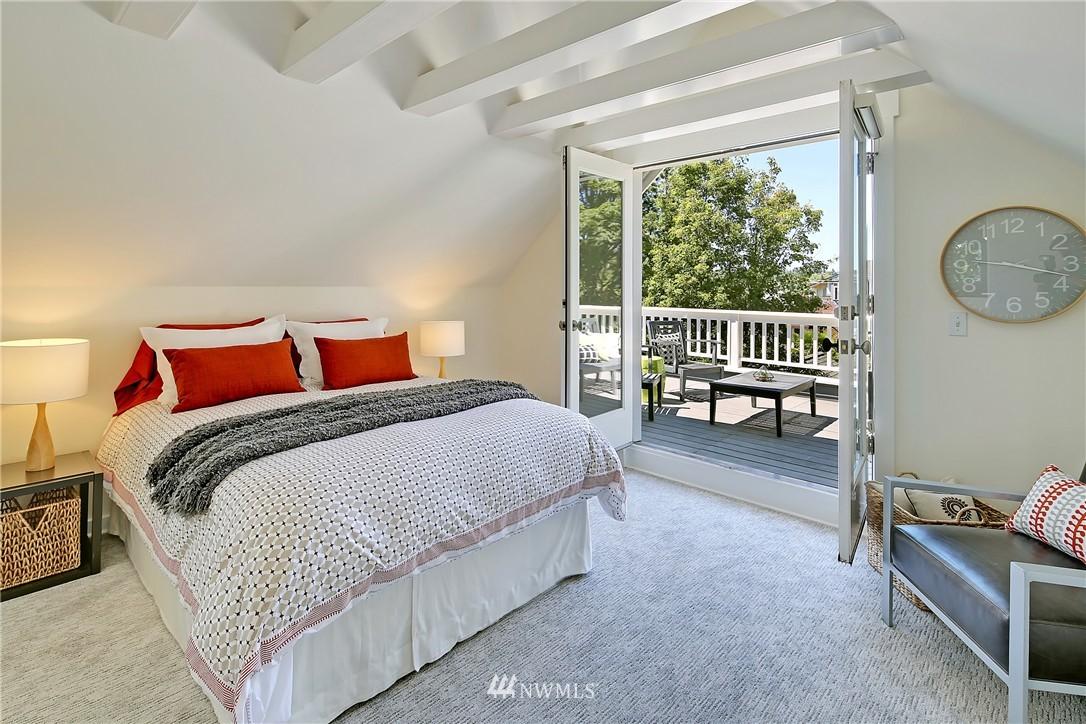 Sold Property   7427 Orin Court N Seattle, WA 98103 16