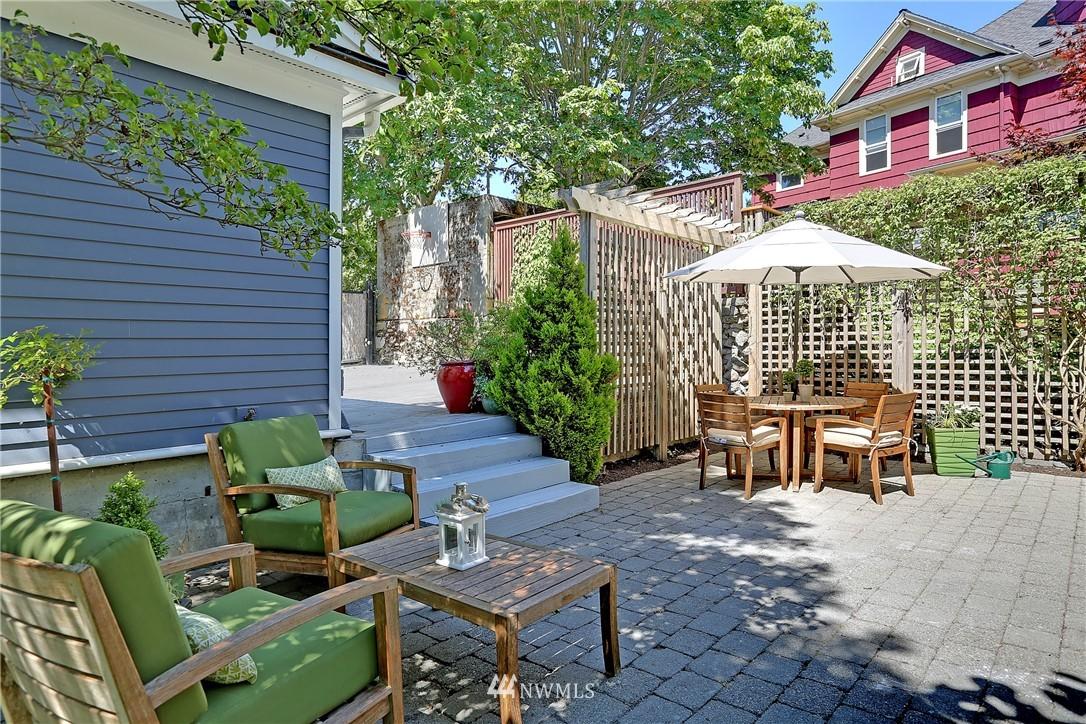 Sold Property   7427 Orin Court N Seattle, WA 98103 19
