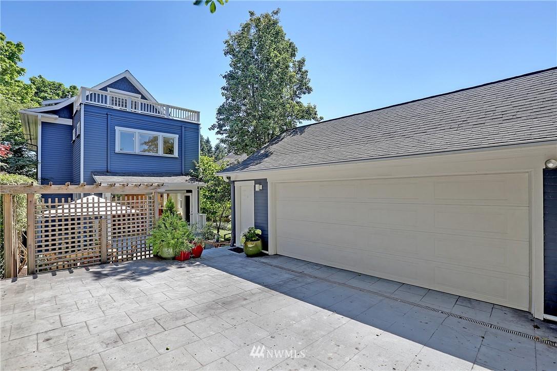 Sold Property   7427 Orin Court N Seattle, WA 98103 21