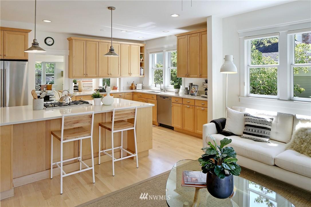 Sold Property   7427 Orin Court N Seattle, WA 98103 6