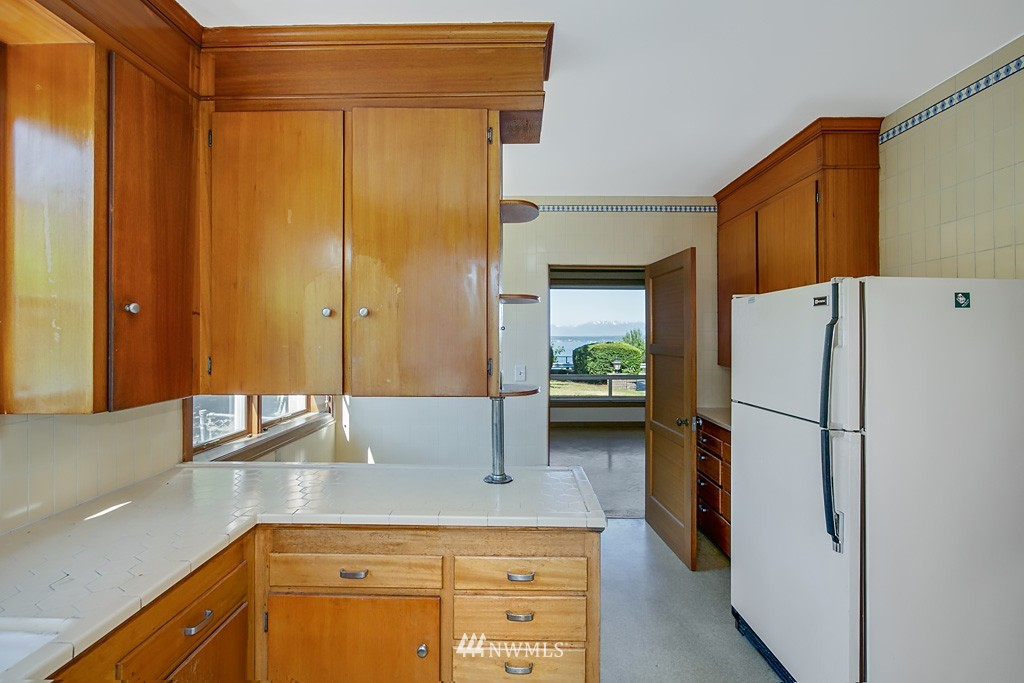 Sold Property | 7552 34th Avenue NW Seattle, WA 98117 10