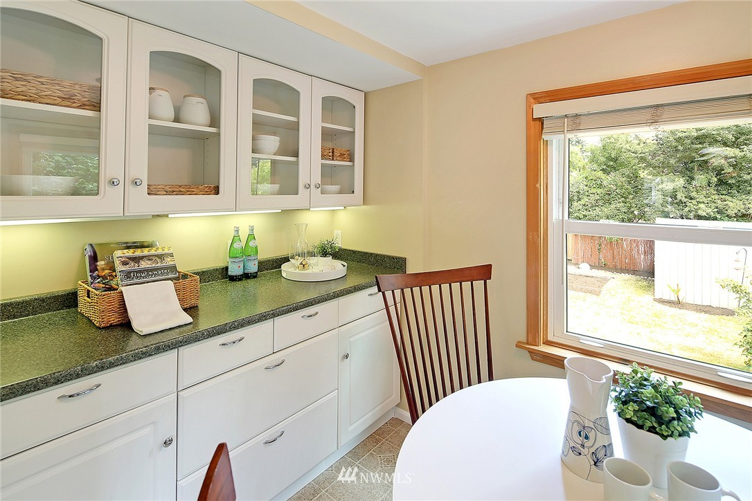 Sold Property | 6546 12th Avenue NW Seattle, WA 98117 6