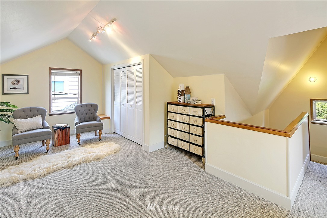 Sold Property | 6546 12th Avenue NW Seattle, WA 98117 8