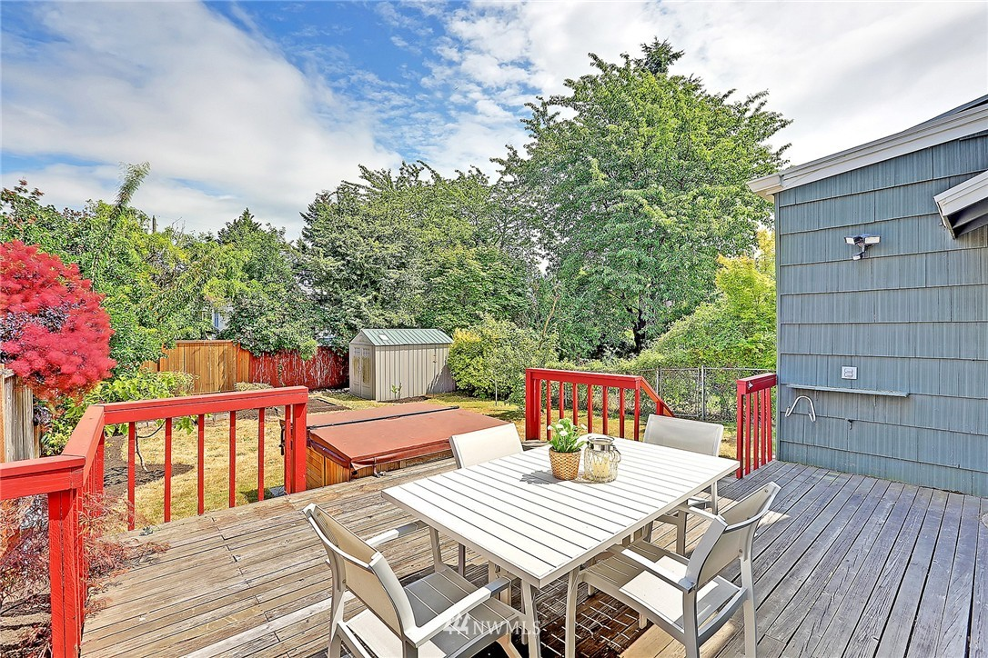 Sold Property | 6546 12th Avenue NW Seattle, WA 98117 15