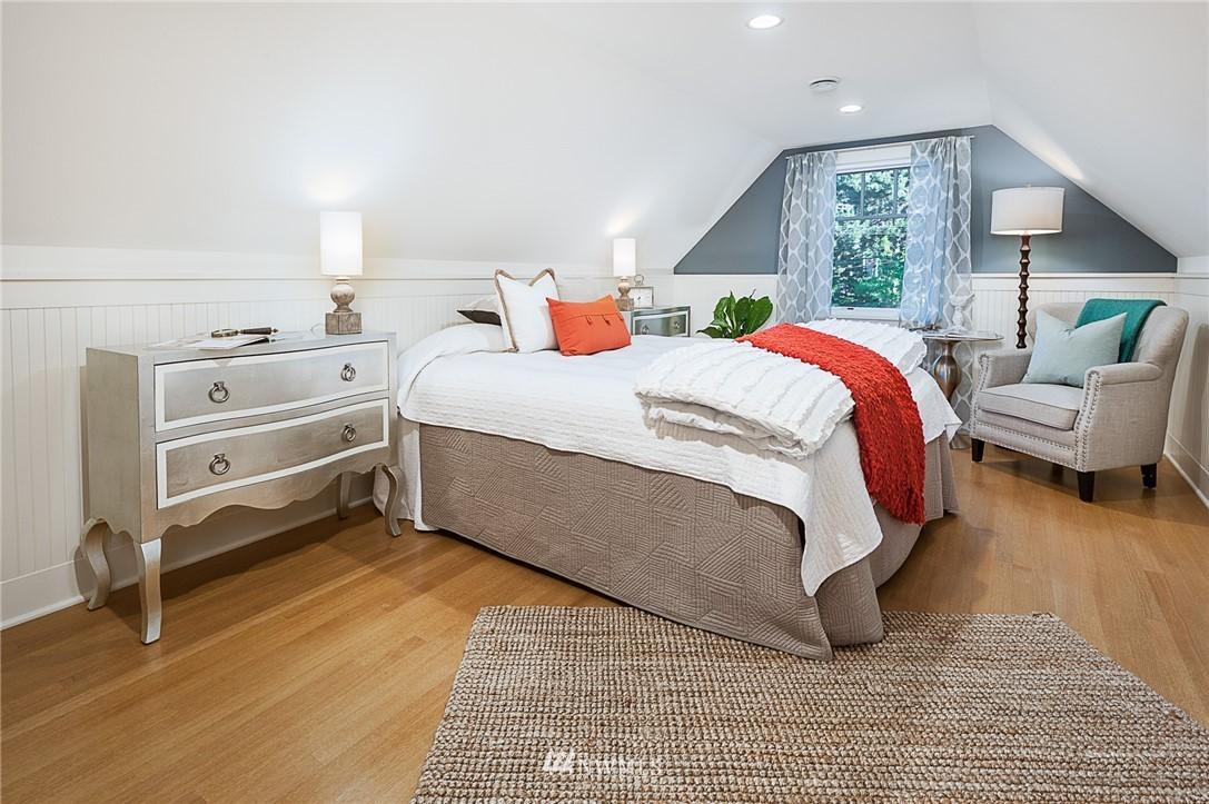 Sold Property | 743 N 72nd Street Seattle, WA 98103 10