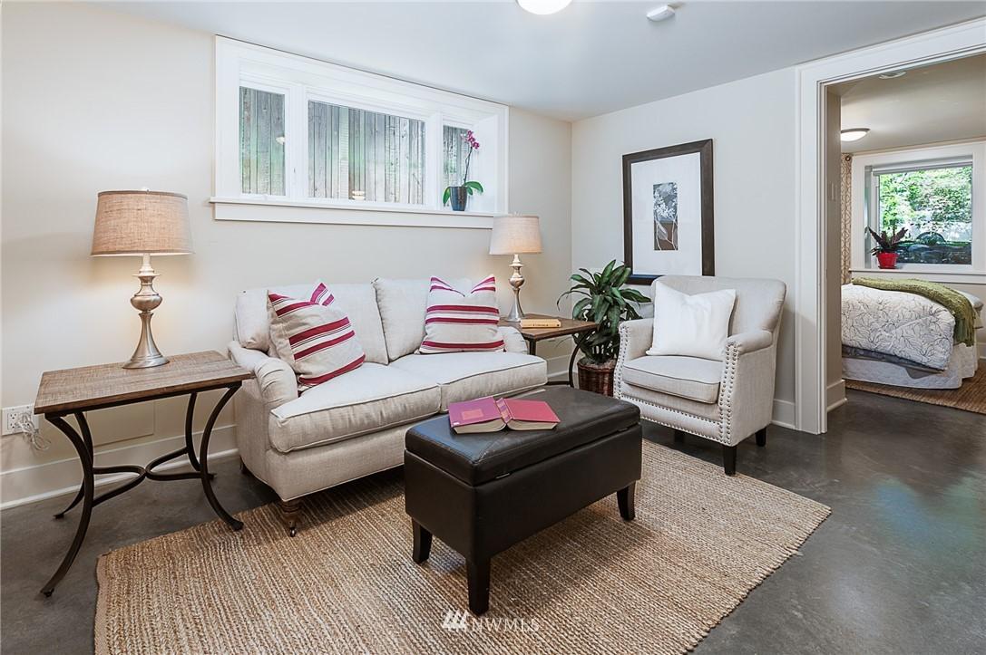 Sold Property | 743 N 72nd Street Seattle, WA 98103 15