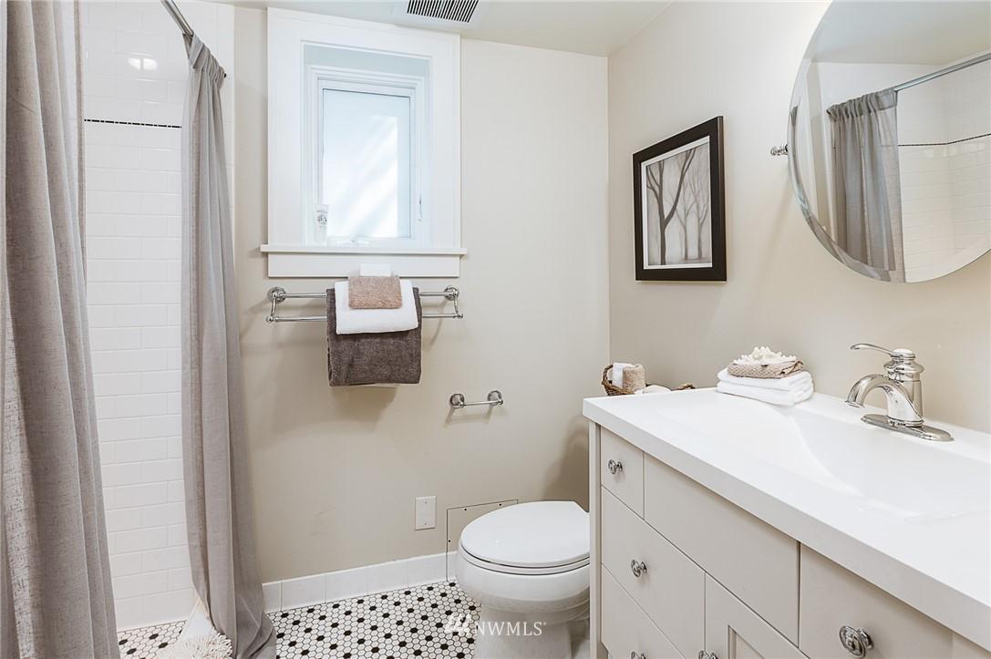 Sold Property | 743 N 72nd Street Seattle, WA 98103 20