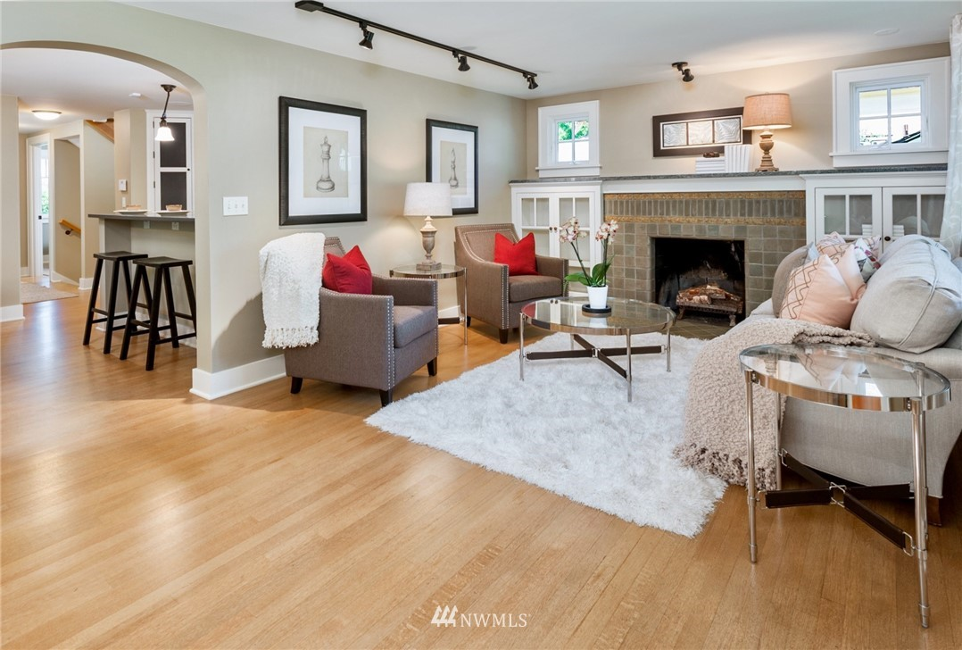 Sold Property | 743 N 72nd Street Seattle, WA 98103 2