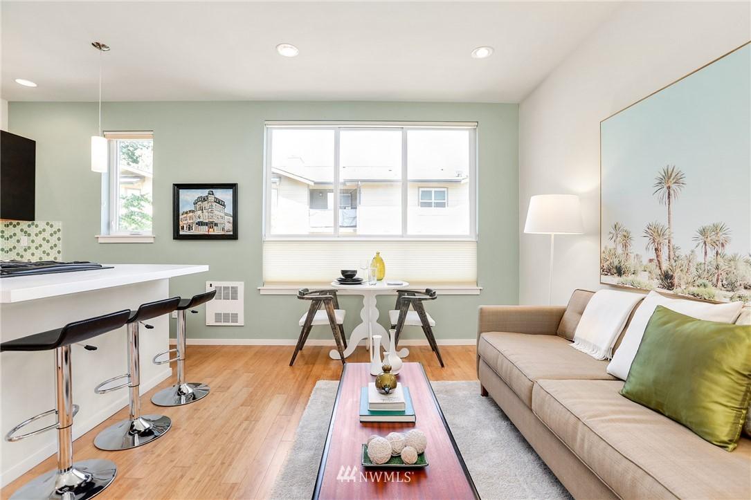 Sold Property   1825 E Glen Street Seattle, WA 98112 8