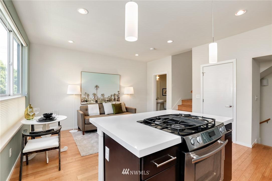 Sold Property   1825 E Glen Street Seattle, WA 98112 12