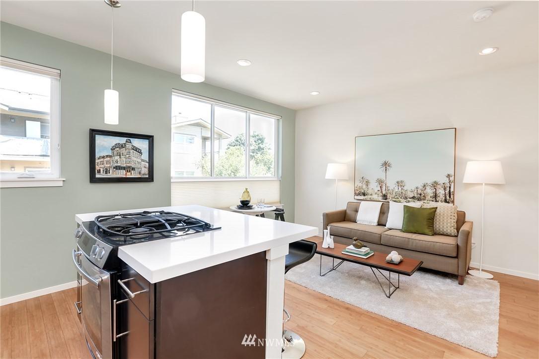 Sold Property   1825 E Glen Street Seattle, WA 98112 13