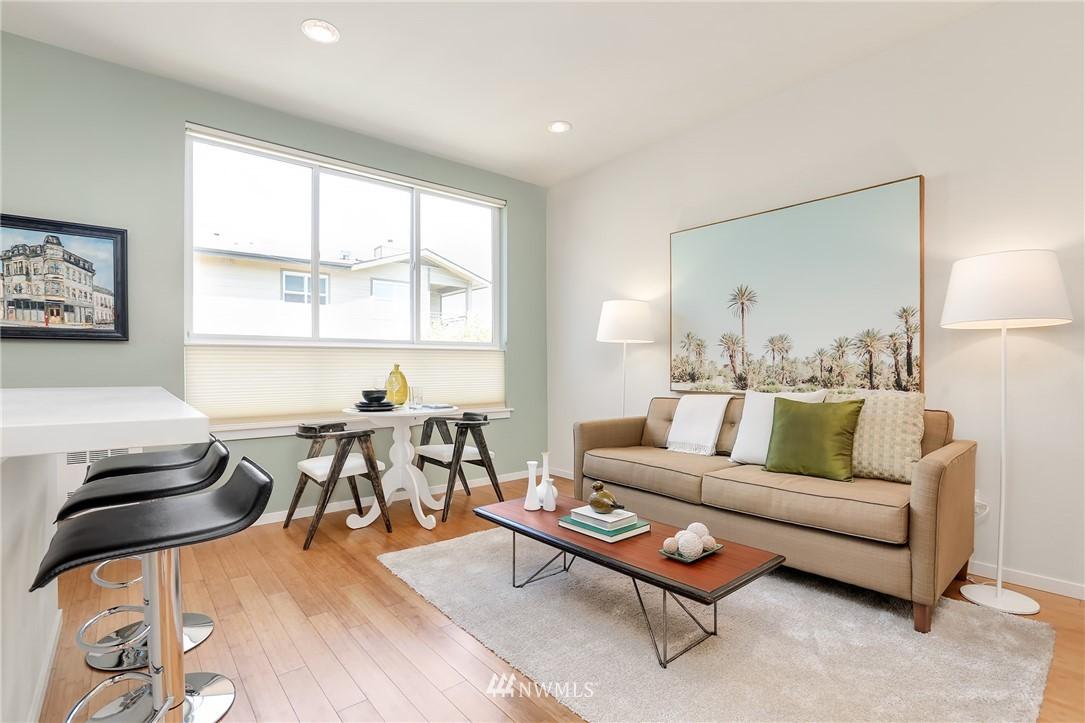 Sold Property   1825 E Glen Street Seattle, WA 98112 14
