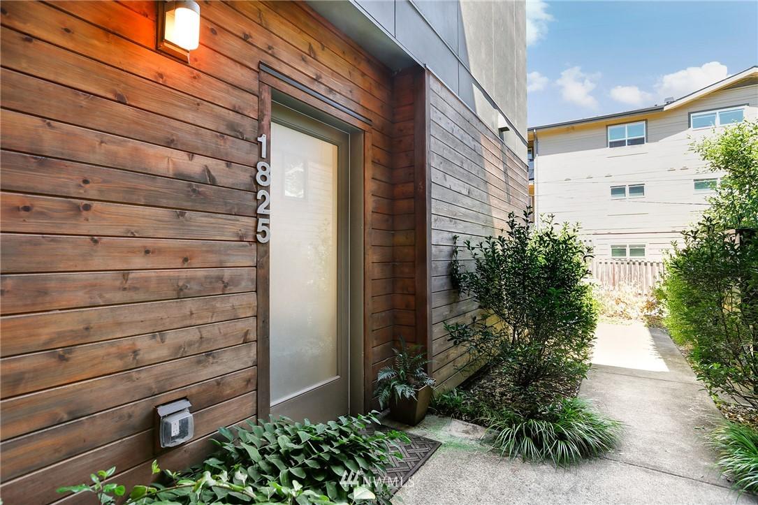 Sold Property   1825 E Glen Street Seattle, WA 98112 22