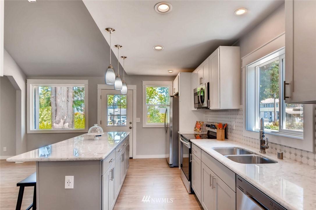 Sold Property | 3801 Wetmore Avenue Everett, WA 98201 10