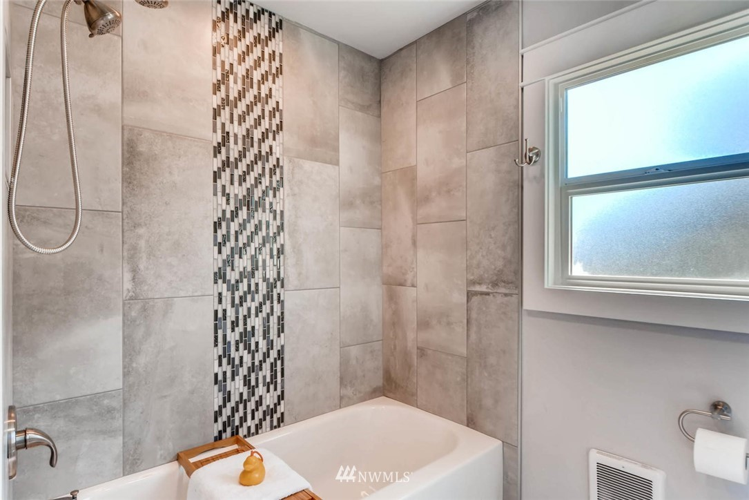 Sold Property | 3801 Wetmore Avenue Everett, WA 98201 14