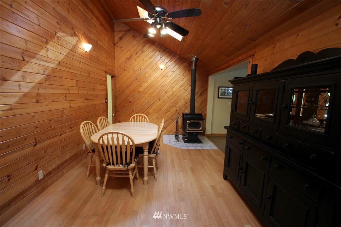 Sold Property | 15230 6th Avenue NE Shoreline, WA 98155 4