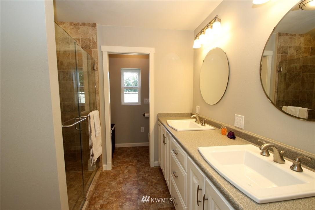 Sold Property | 15230 6th Avenue NE Shoreline, WA 98155 7