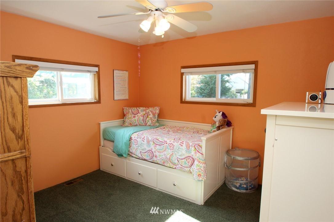 Sold Property | 15230 6th Avenue NE Shoreline, WA 98155 8