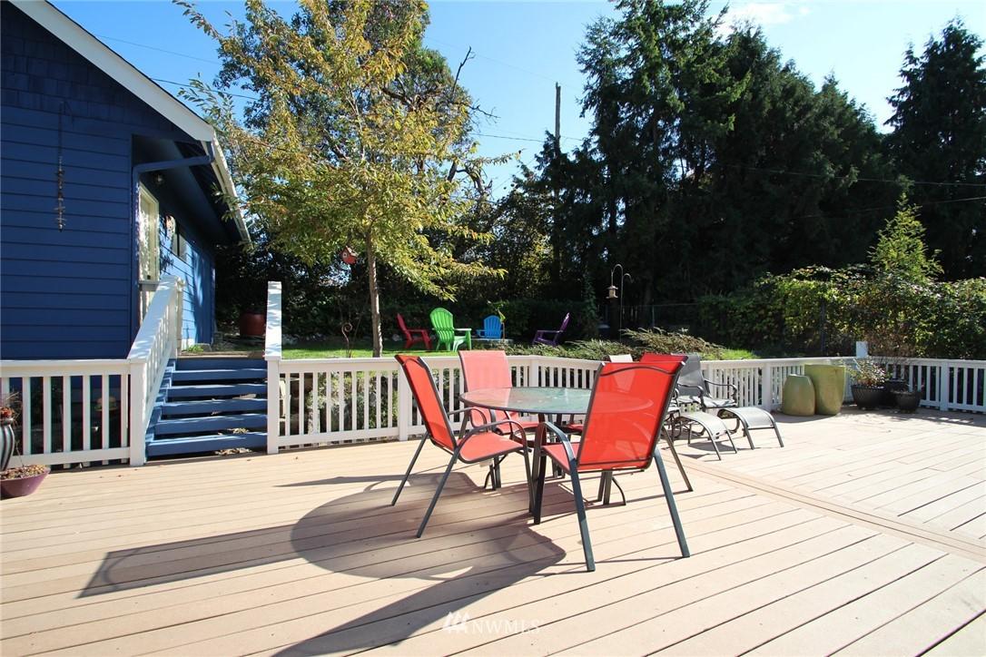 Sold Property | 15230 6th Avenue NE Shoreline, WA 98155 16