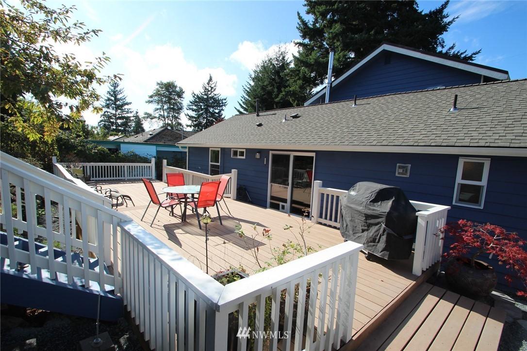 Sold Property | 15230 6th Avenue NE Shoreline, WA 98155 18