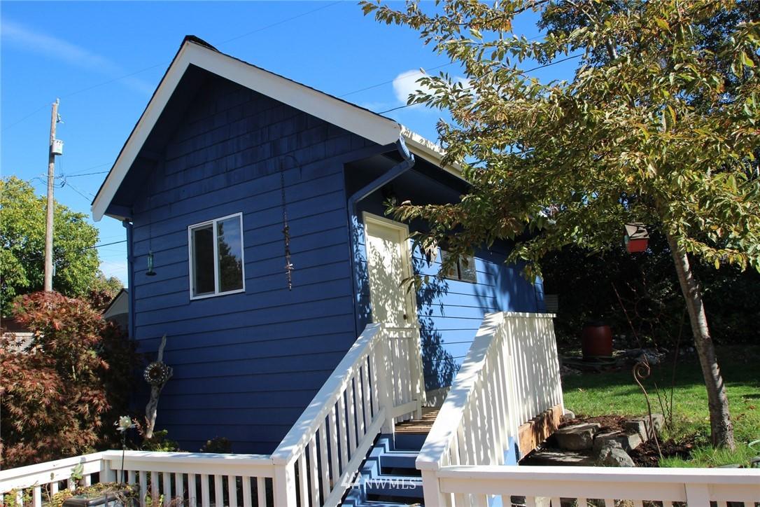 Sold Property | 15230 6th Avenue NE Shoreline, WA 98155 19