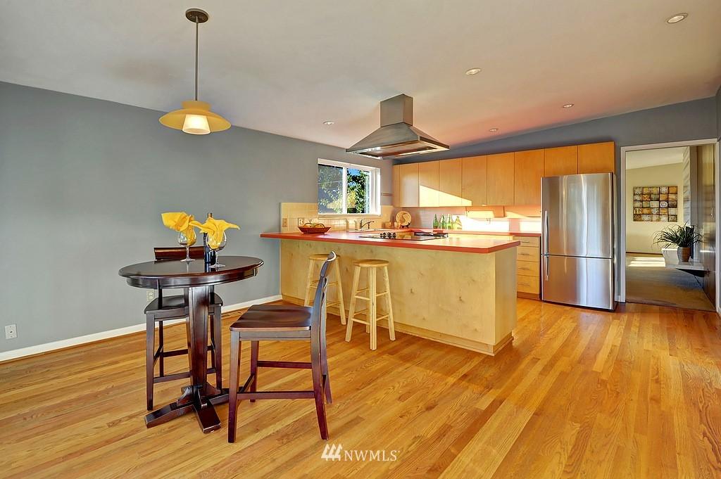 Sold Property | 5139 S Frontenac Street Seattle, WA 98118 8