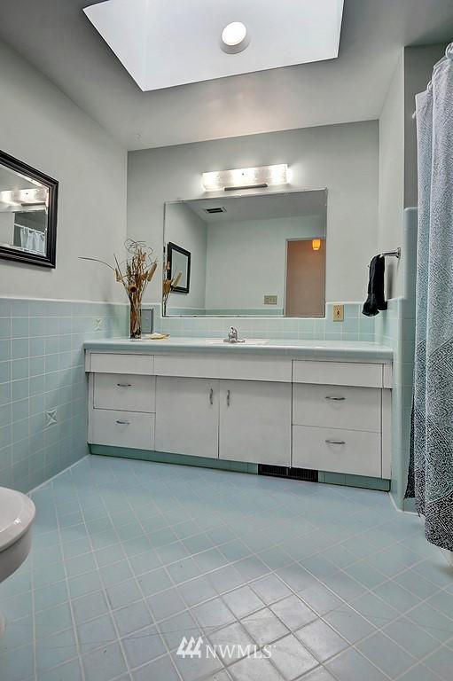 Sold Property | 5139 S Frontenac Street Seattle, WA 98118 14