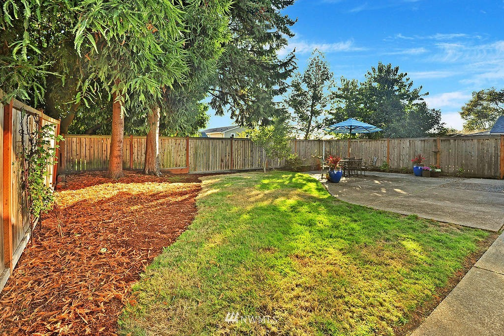 Sold Property | 5139 S Frontenac Street Seattle, WA 98118 17