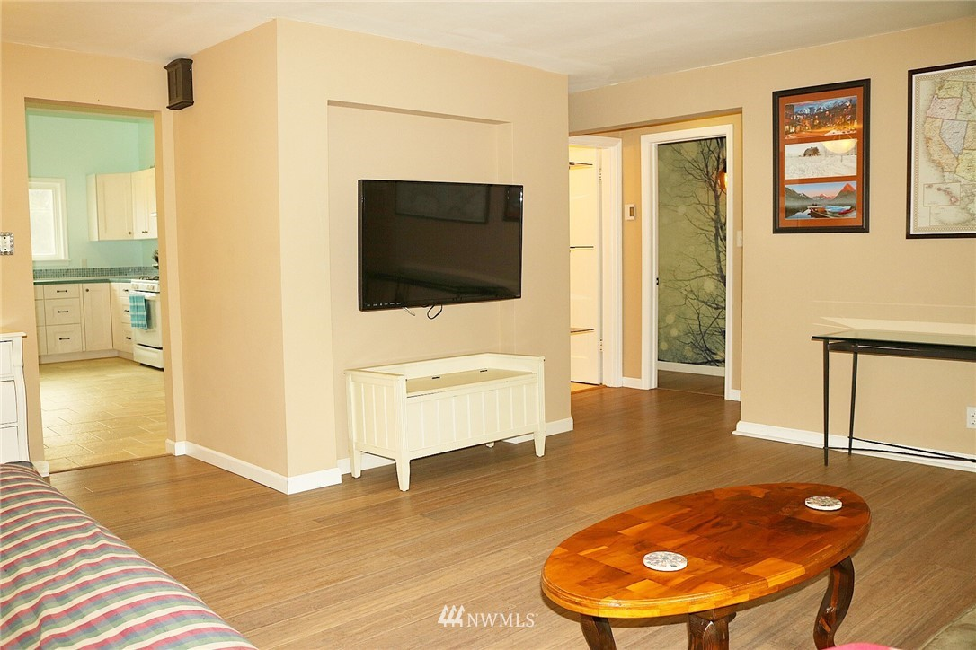 Sold Property   7528 34 Avenue SW Seattle, WA 98126 3