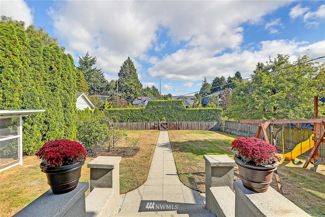 Sold Property | 7725 12th Avenue NW Seattle, WA 98117 2